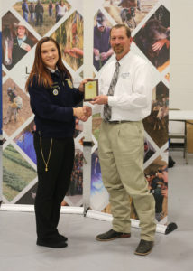 Haleigh Prosser receives high-individual award for Vet Science